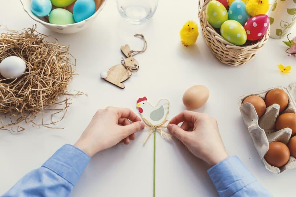 Velikonoční výzdoba - vajíčka, slepička